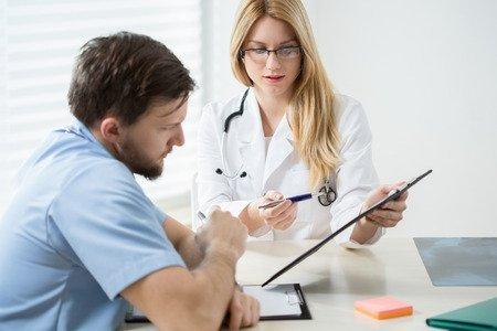 El Consejo Andaluz de Colegios de Médicos informa sobre la Ley de Igualdad de LGTBI