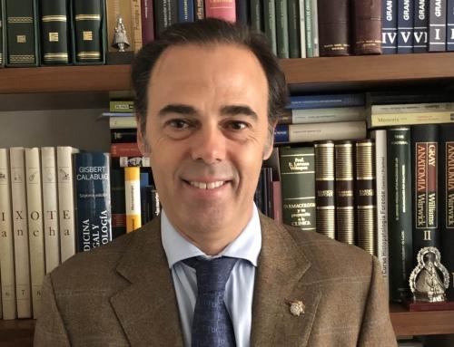 """Dr. Hernández Gil: """"La Comisión Andaluza de Deontología Médica pondrá en marcha una Cátedra de Profesionalismo"""""""
