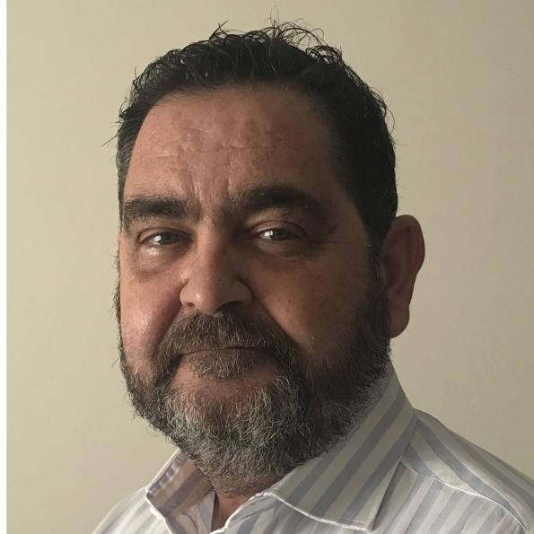 Dr. D. Manuel Checa González