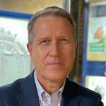 Dr. Gerardo Pérez Chica sucede